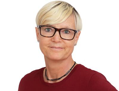 Mitarbeiterin der Physiotherapie Ines Müller auf der Zietenstraße 12 auf dem Sonnenberg in Chemnitz